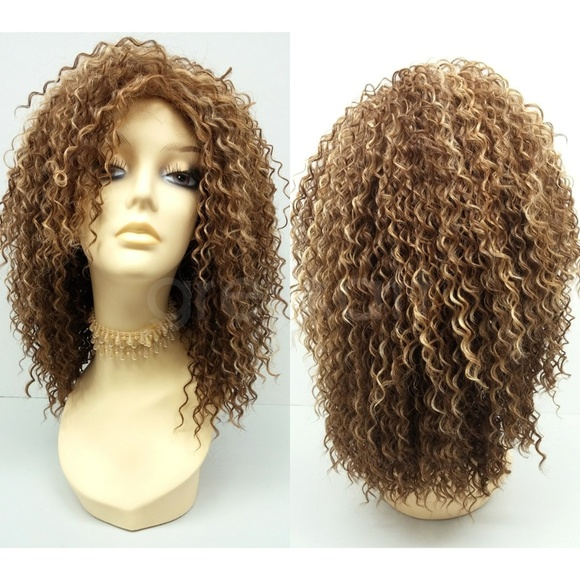 Highlighted light brown long curly wig c186b72a98f0